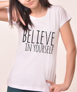 Zenska Rules majica sa natpisom Believe in yourself - Proizvod